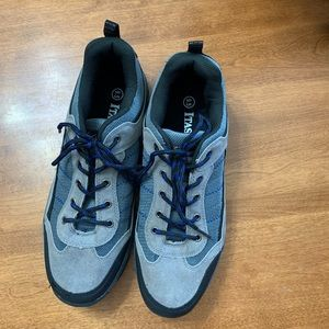 MENS ITASCA HIGHLANDER LOW CUT HIKING BOOTS - 9.5